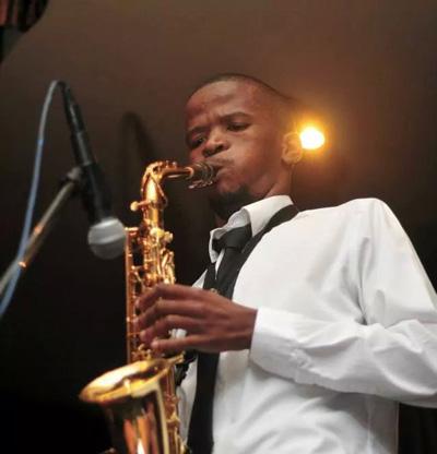 Mthunzi---front